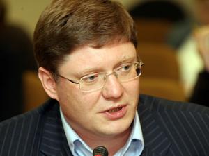 Андрей Исаев, комментируя в понедельник ER.RU 70-летие пакта Молотова-Риббентропа