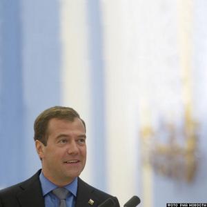 Медведев согласен переименовать региональных президентов.