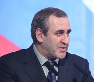 Неверов: «Единая Россия» не будет навязывать кому-то праймериз.